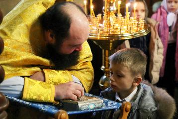 9 декабря. Праздник первой исповеди во Владимирском храме города Кстова (фото телекомпании ЛУЧ)