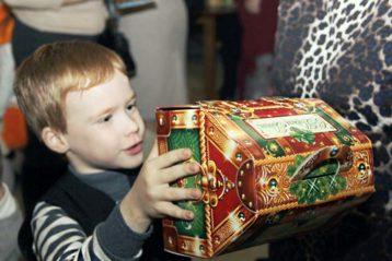 13 января. На Рождественской благотворительной елке в г. Дзержинске (фото Натальи Уваровой)