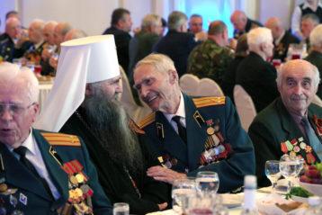 8 мая. На встрече главы региона с ветеранами Великой Отечественной войны на Нижегородской ярмарке (фото Алексея Козориза)