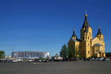 13 мая. Александро-Невский кафедральный собор (фото Алексея Козориза)