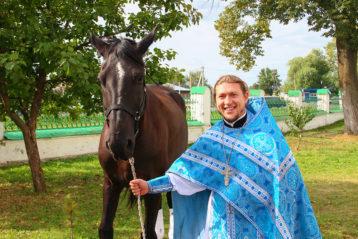 31 августа. После чина благословения стада в поселке Выездное (фото Николая Жидкова)