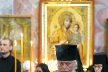 9 августа. Всенощное бдение в Троицком соборе Дивеевского монастыря (фото Алексея Козориза)