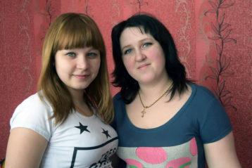 Дочери Надя и Елена