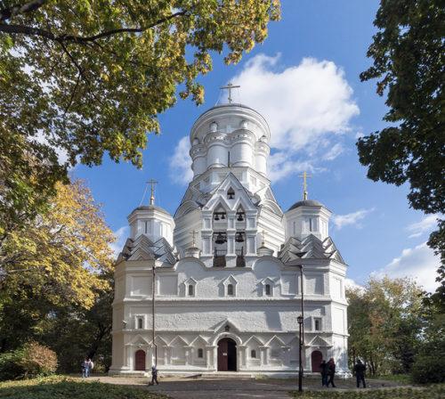 Многостолпный храм в Дьякове (Усекновения главы Иоанна Предтечи)