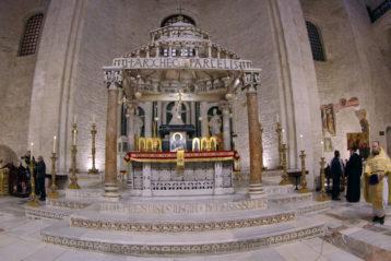19 декабря. Верхний храм базилики святителя Николая Чудотворца в городе Бари (фото Алексея Козориза)