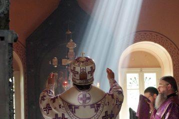 19 апреля. Литургия Преждеосвященных Даров в Гефсиманском монастыре святой равноапостольной Марии Магдалины (фото Алексея Козориза)