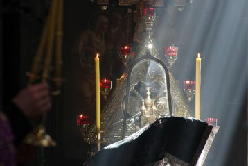 19 апреля. Во время литургии Преждеосвященных Даров в Гефсиманском монастыре святой равноапостольной Марии Магдалины (фото Алексея Козориза)