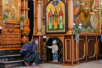 25 апреля. В кафедральном соборе в честь святого благоверного великого князя Александра Невского (фото Александра Чурбанова)