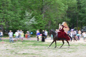 12 мая. Праздник в честь дня памяти святых жен-мироносиц в парке «Дубки» (фото Молитовского благочиния)