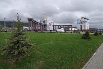 1 июня. Кафедеральный собор в честь Рождества Христова в Южно-Сахалинске (фото Алексея Козориза)