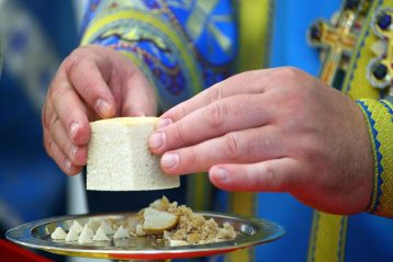 26 октября. Во время Божественной литургии в Казанском храме Приокского благочиния (фото благочиния)