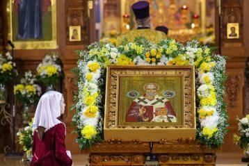 19 декабря. В Никольском соборе Автозаводского благочиния (фото Александра Чурбанова)