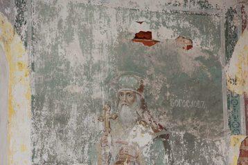 13 июня. В разрушенном Троицком храме села Селякина Арзамасского района (фото Николая Жидкова)